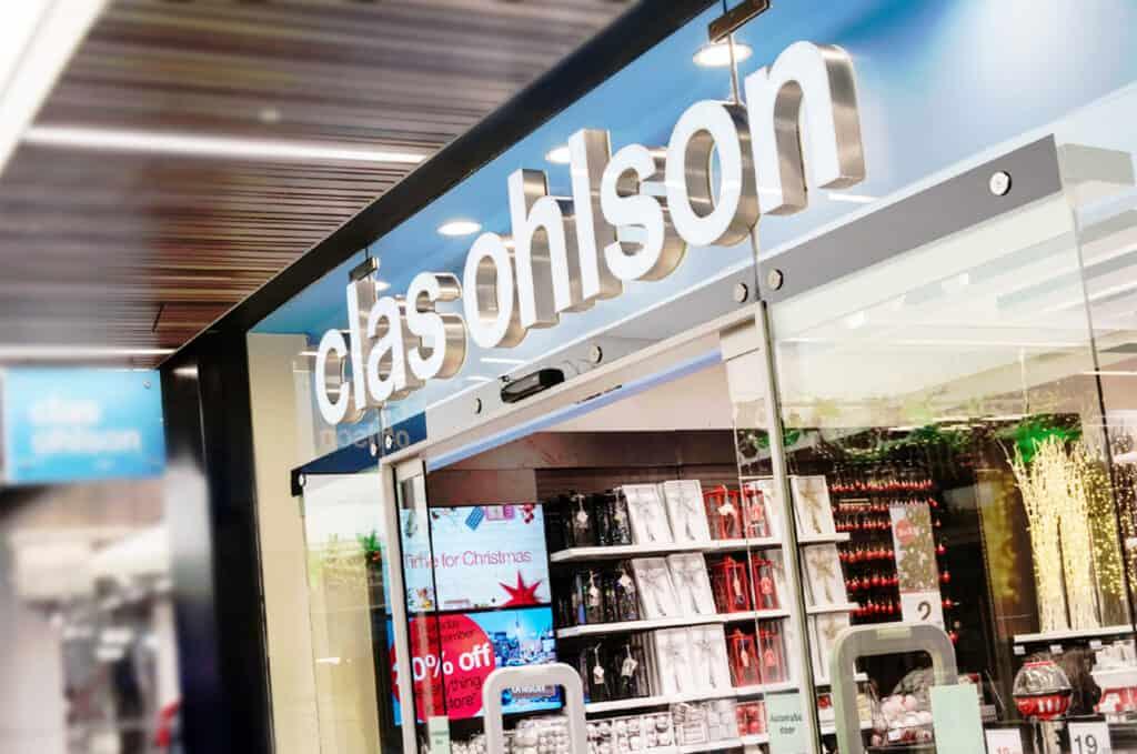 Clas Ohlson butiksfasad Väsby Centrum